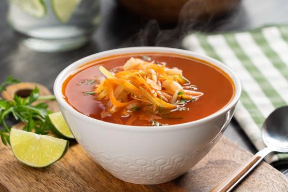 Receta de sopa de col con pollo
